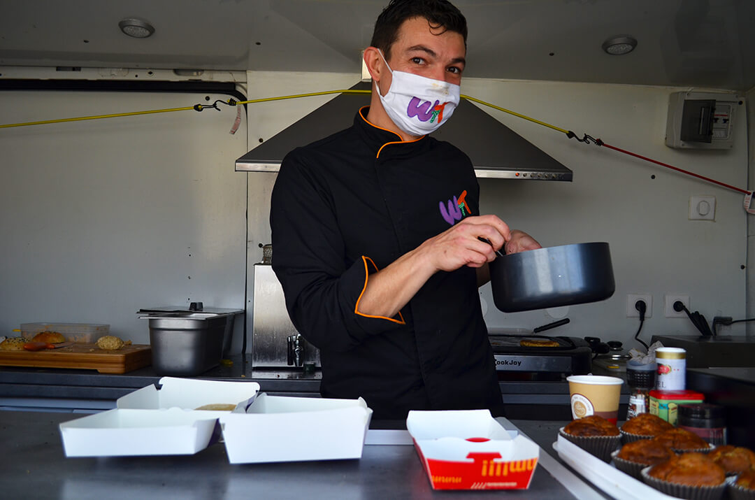 Chef vegan What The Truck